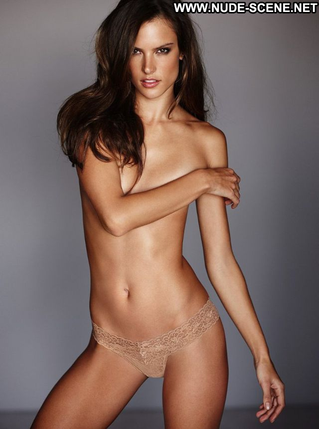 Alessandra Ambrosio No Source Posing Hot Nude Celebrity Brazil