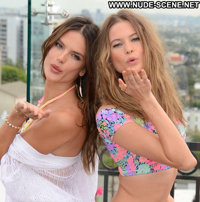 Alessandra Ambrosio No Source Posing Hot Nude Celebrity Celebrity