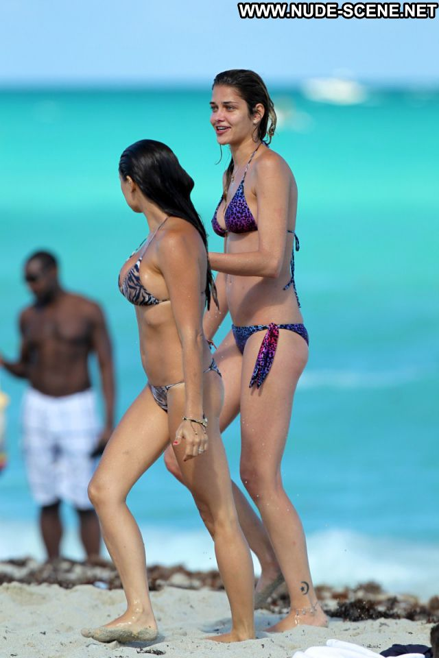 Ana Beatriz Barros No Source Latina Nude Scene Posing Hot Nude Brazil
