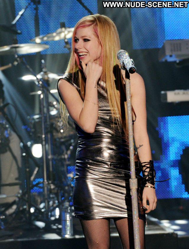 Avril Lavigne Small Tits Nude Nude Scene Blonde Tits Celebrity Posing