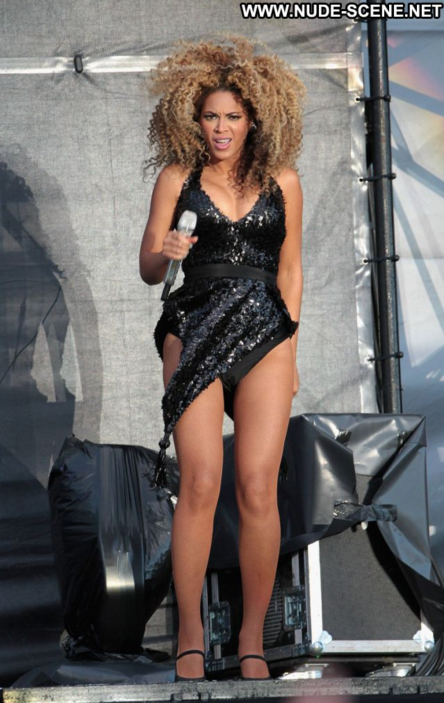 Beyonce No Source Babe Posing Hot Hot Nude Scene Singer Celebrity