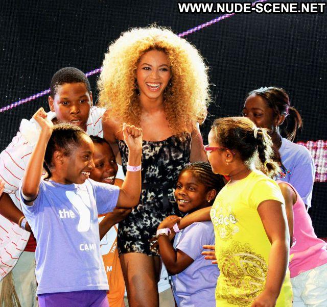 Beyonce No Source Celebrity Ebony Babe Nude Scene Singer Hot