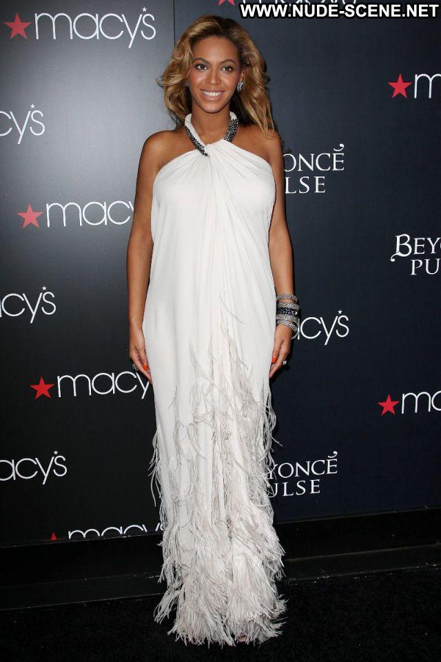 Beyonce No Source Singer Nude Scene Babe Nude Ebony Celebrity Posing