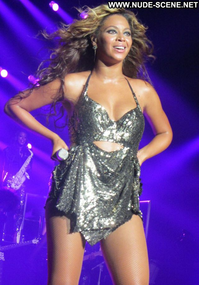 Beyonce No Source Posing Hot Celebrity Celebrity Hot Nude Nude Scene