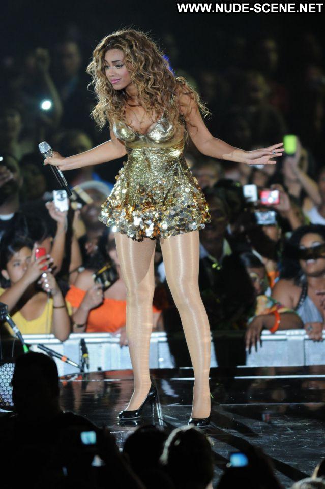 Beyonce No Source  Singer Nude Nude Scene Posing Hot Hot Ebony