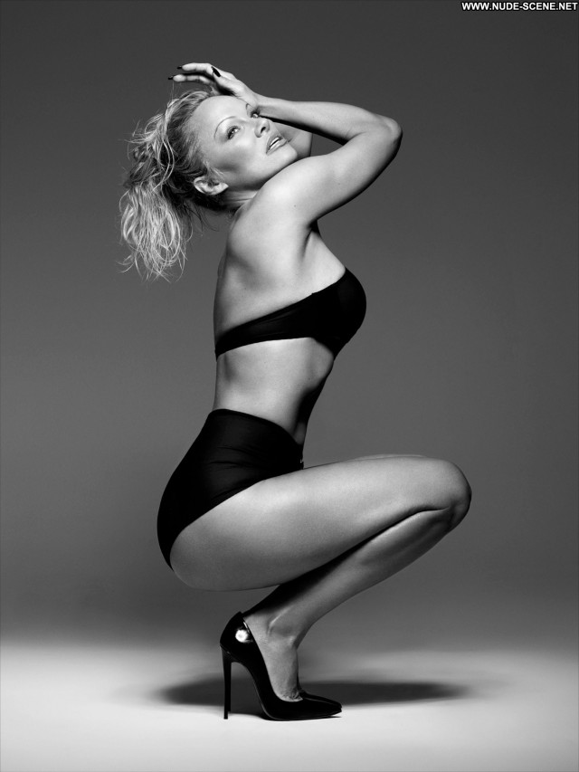 Pamela Anderson Dancing With The Stars Celebrity Posing Hot