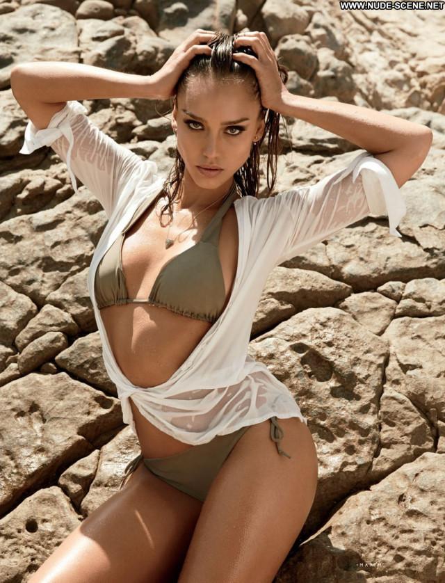 Jessica Alba Good Luck Chuck Hot Babe Magazine Surfer Hawaii Movie