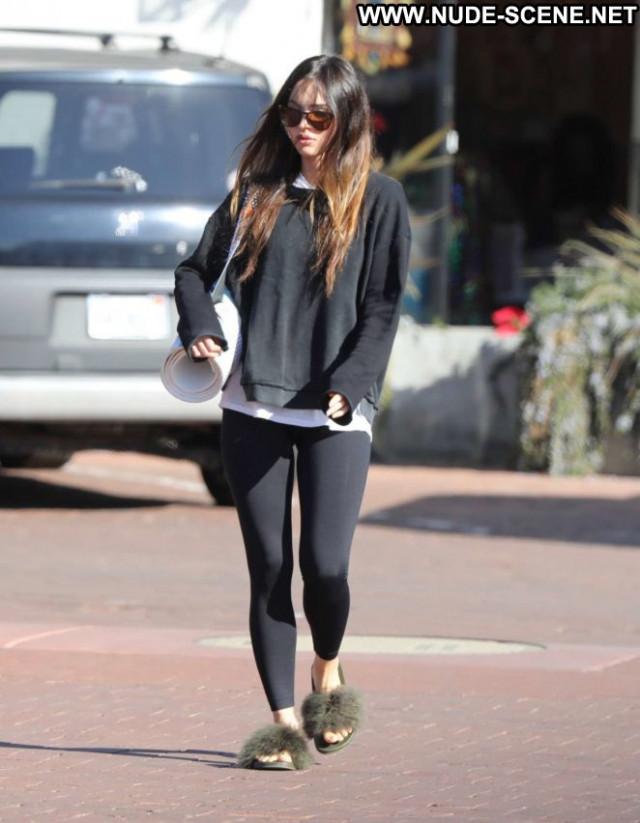 Megan Fox No Source Malibu Paparazzi Beautiful Celebrity Babe Posing