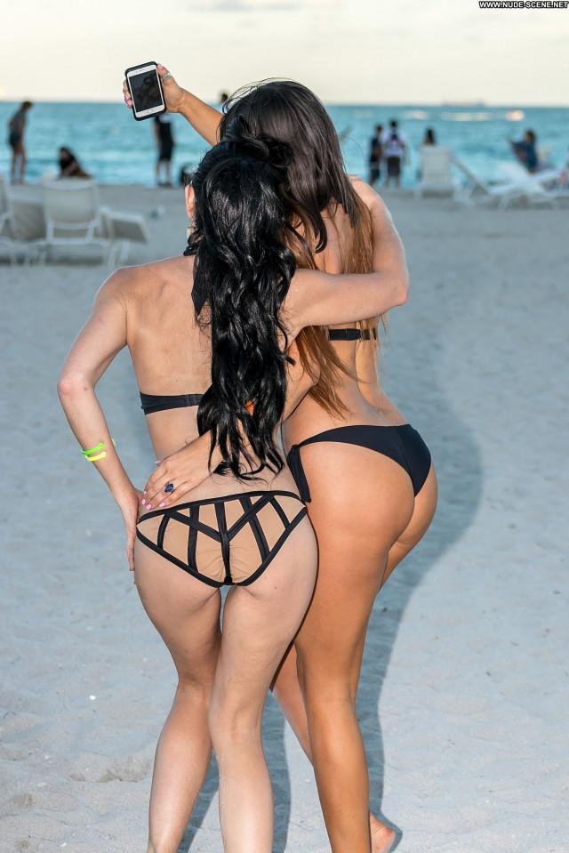 Ana Cheri The Beach Smile Park Posing Hot Reality Legs Summer Selfie