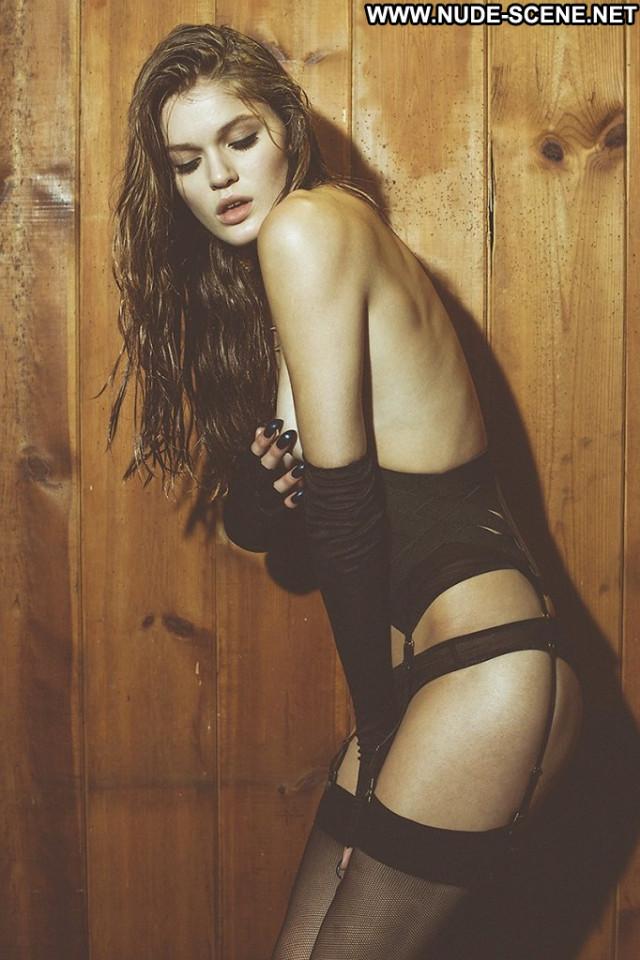 Sofia Vergara Poison Ivy Beautiful Posing Hot Nude Sex Scene Hot