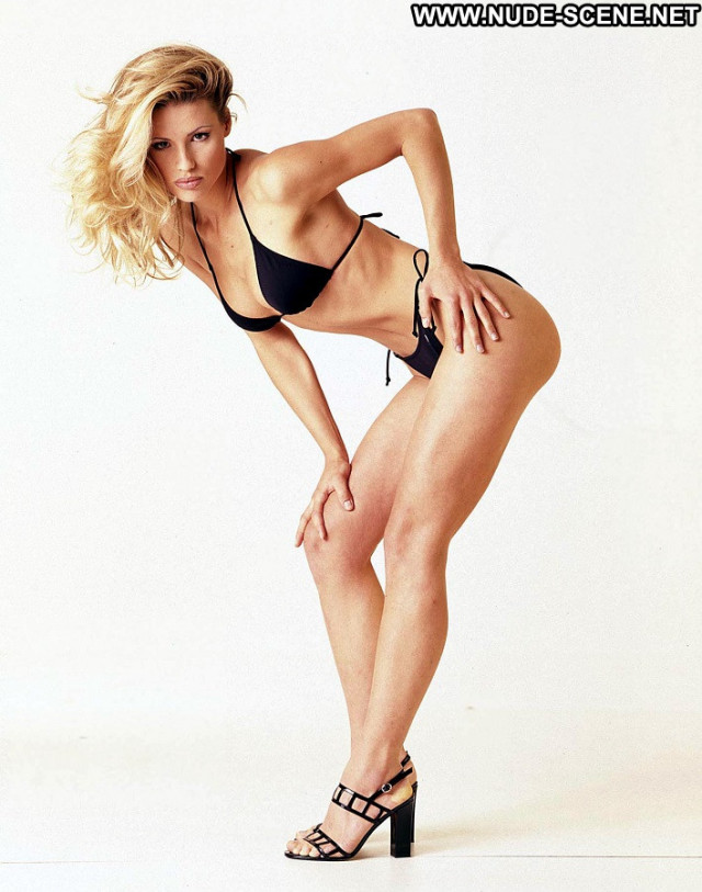 Michelle Hunziker The Professional Gay Topless Pain Italian Model