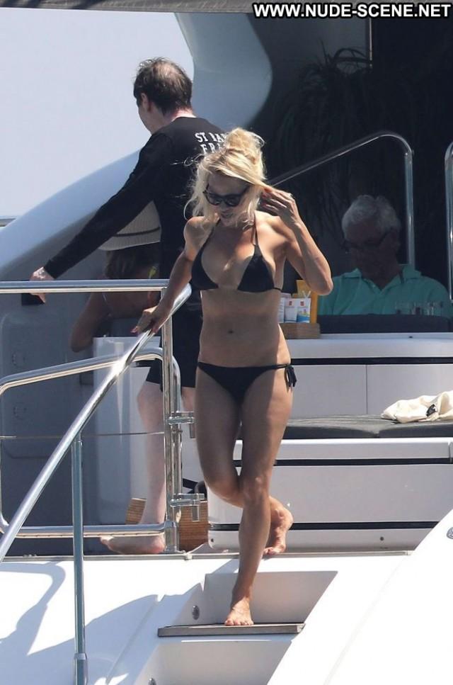 Pamela Anderson No Source Paparazzi Celebrity Posing Hot French Black