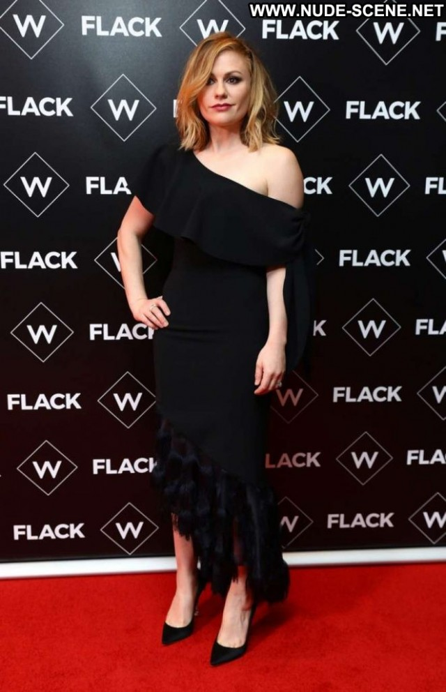Anna Paquin No Source Posing Hot Beautiful Celebrity Babe Paparazzi