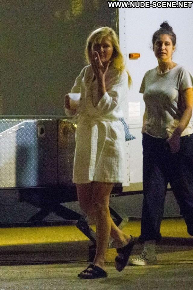 Kirsten Dunst No Source Babe Paparazzi Celebrity Posing Hot Beautiful