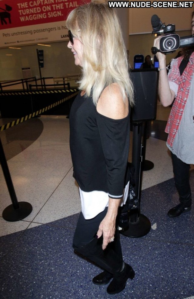 Goldie Hawn Los Angeles Angel Paparazzi Posing Hot Los Angeles
