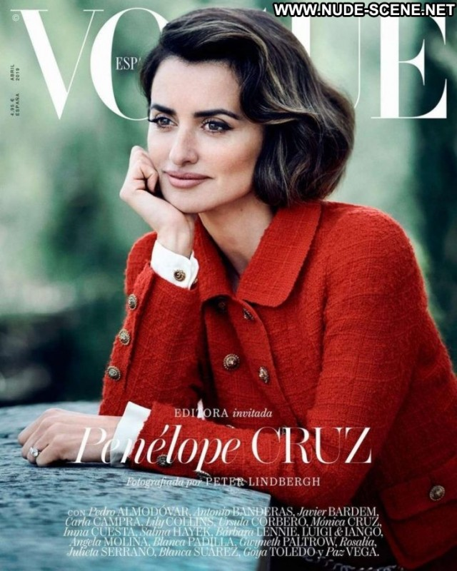 Penelope Cruz Vogue Magazine Beautiful Babe Celebrity Magazine