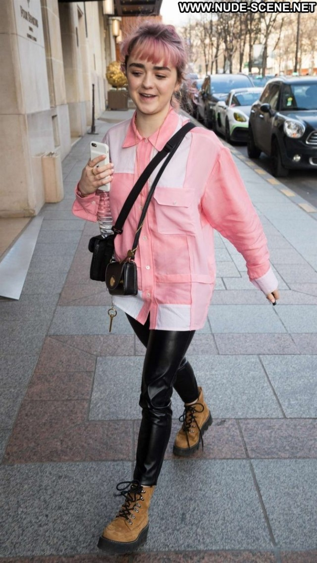 Maisie Williams No Source Beautiful Paris Babe Celebrity Paparazzi