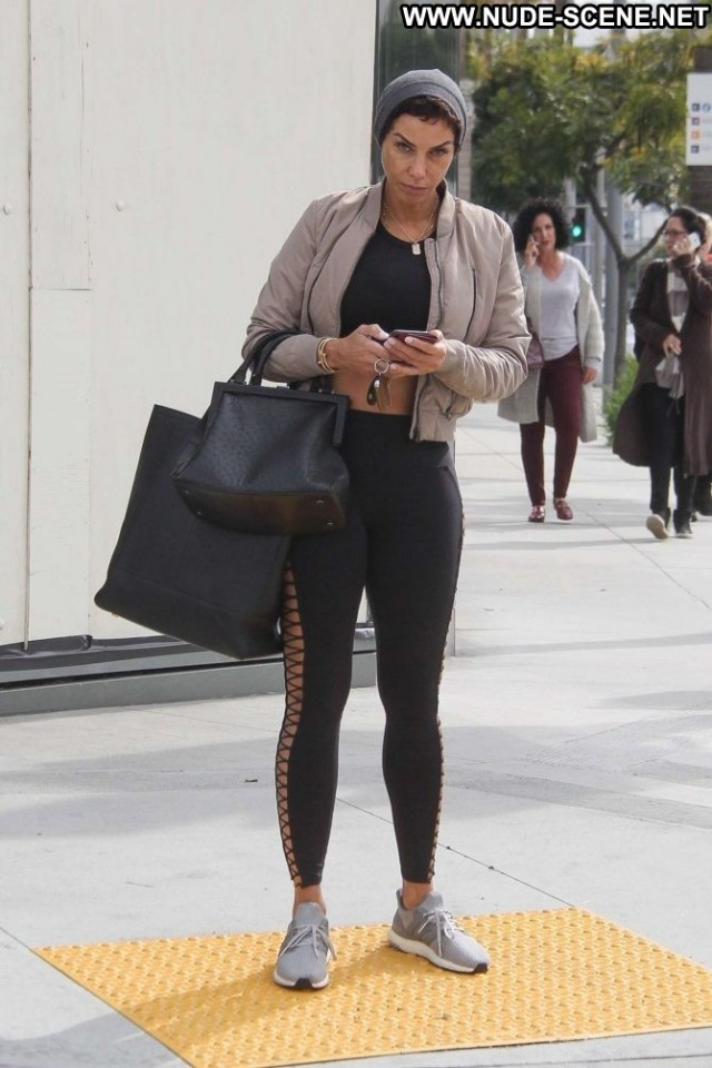 Nicole Murphy Beverly Hills Posing Hot Beautiful Babe Paparazzi