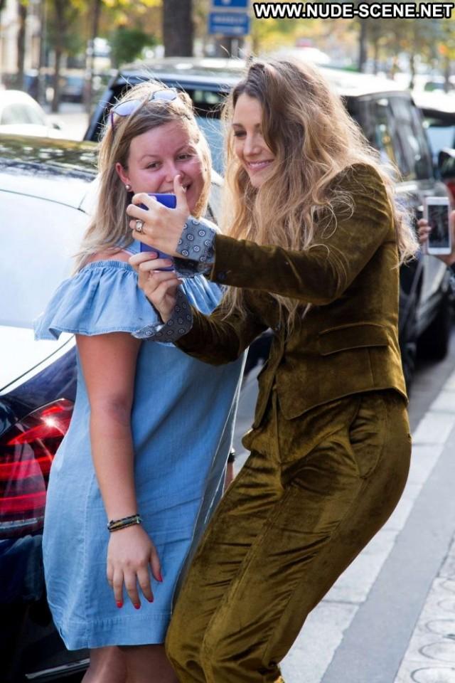 Blake Lively E Live Hotel Babe Paparazzi Hot Celebrity Beautiful Live