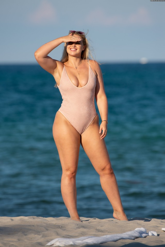 Iskra Lawrence Miami Beach Sex Swimsuit Volleyball Videos Beach