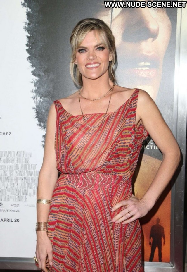 Missi Pyle Los Angeles Angel Celebrity Posing Hot Paparazzi Babe Los
