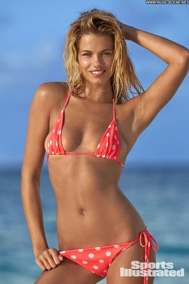 Samantha Hoopes Sports Illustrated Celebrity Posing Hot American Bar