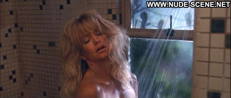 Goldie hawn nude scenes