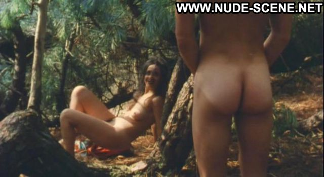 Lucia Sanchez Une Robe Dete Outdoors Celebrity Nude Scene