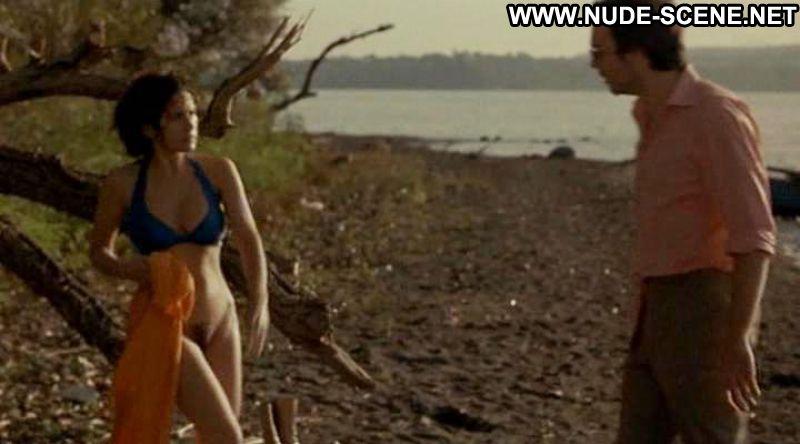 Maya Sansa Il Vestito Da Sposa Celebrity Posing Hot ...