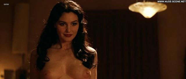 Monica Bellucci Nude Sexy Scene Malena Videos Showing Tits