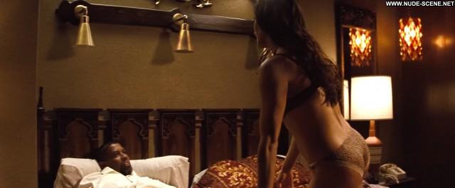 Paula Patton 2 Guns Topless Bed Sex Scene Beautiful Sex