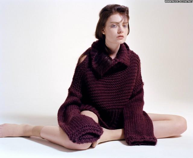 Tegan Desmond Novembre Magazine Posing Hot Celebrity