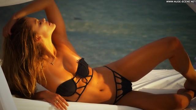 Nina Agdal Irresistible Celebrity Swimsuit Beautiful Posing Hot Babe