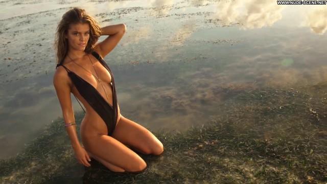Nina Agdal Irresistible  Swimsuit Babe Posing Hot Beautiful Celebrity
