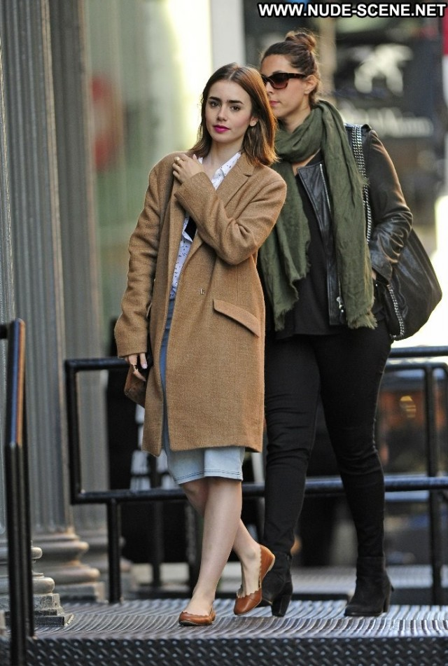 Lily Collins New York  New York Celebrity Babe Posing Hot High