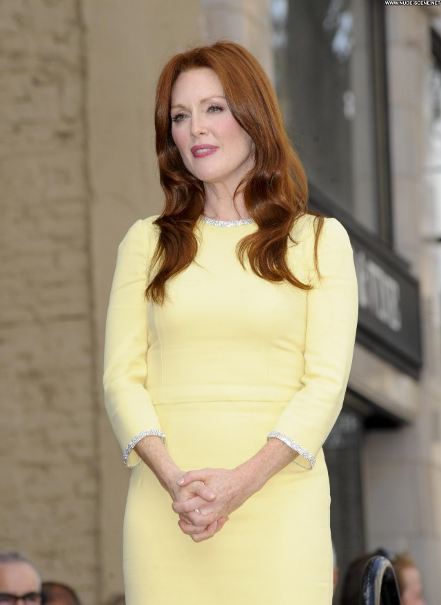 Julianne Moore Hollywood Walk Of Fame Beautiful Hollywood High