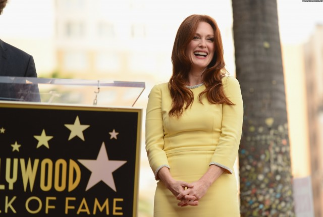 Julianne Moore Hollywood Walk Of Fame High Resolution Beautiful Babe