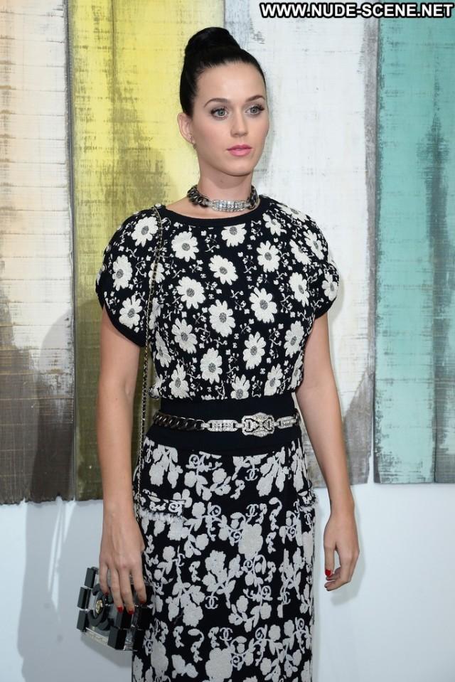 Katy Perry Fashion Show Beautiful Celebrity Fashion High Resolution