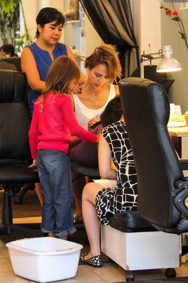 Jessica Alba Los Angeles Beautiful Posing Hot Babe Celebrity Candids