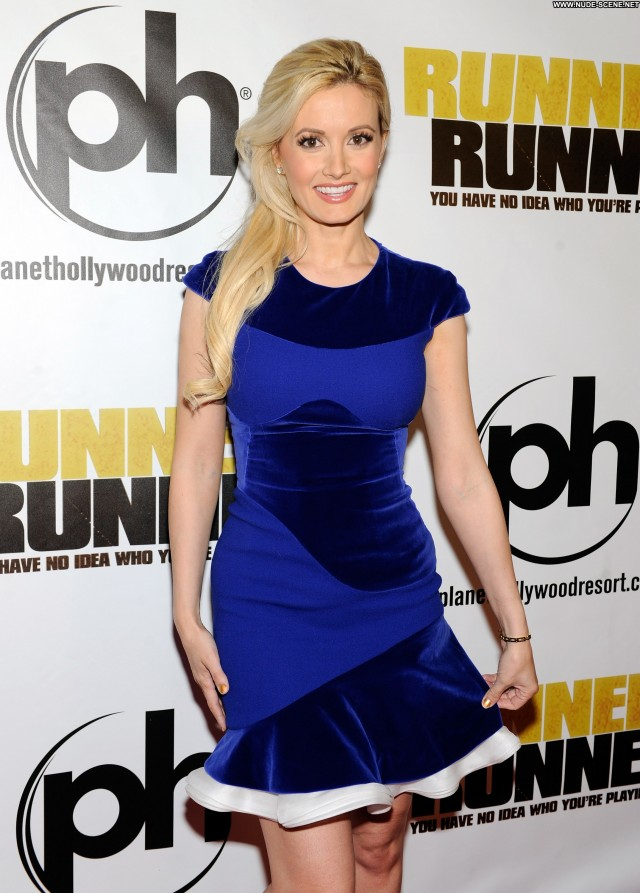 Holly Madison Runner Runner Celebrity Posing Hot Babe Beautiful High