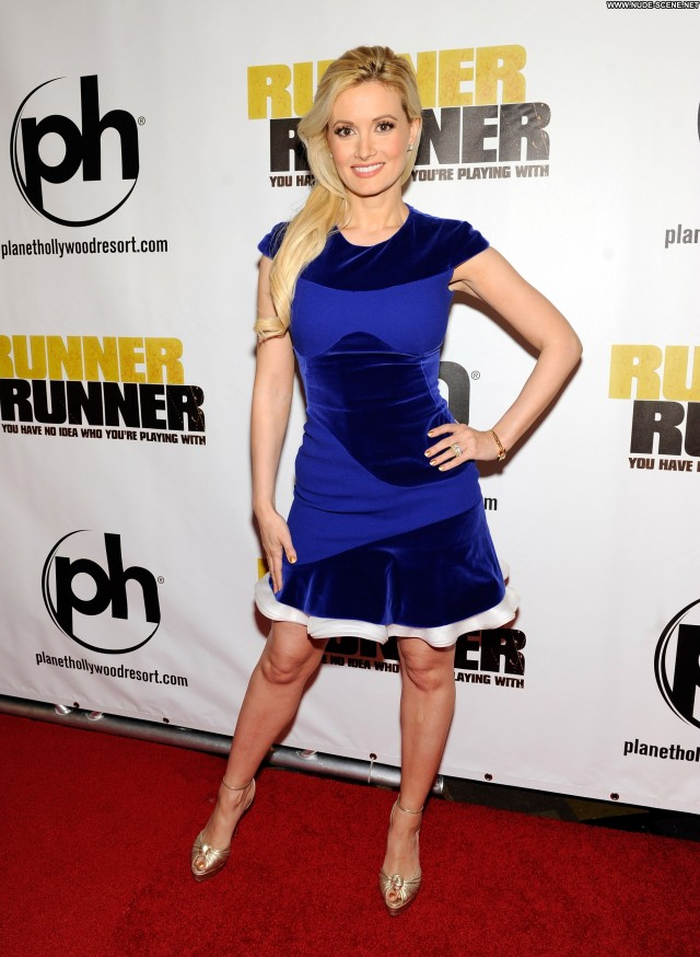 Holly Madison Runner Runner High Resolution Beautiful Babe