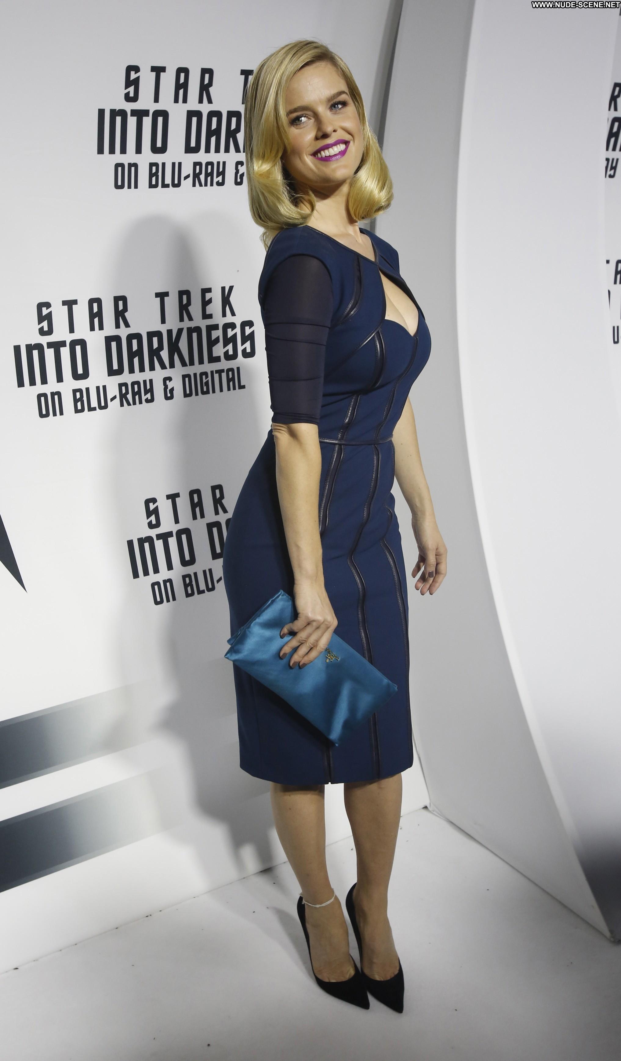 Alice Eve Star Trek Into Darkness Star Trek Into Darkness