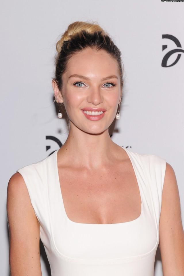 Candice Swanepoel New York Babe Beautiful High Resolution Posing Hot