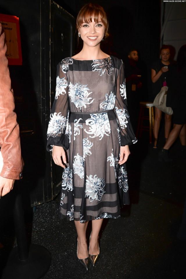 Christina Ricci Fashion Show Beautiful Fashion Nyc Babe High