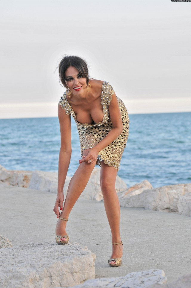 Maria Grazia Cucinotta No Source High Resolution Babe Beautiful
