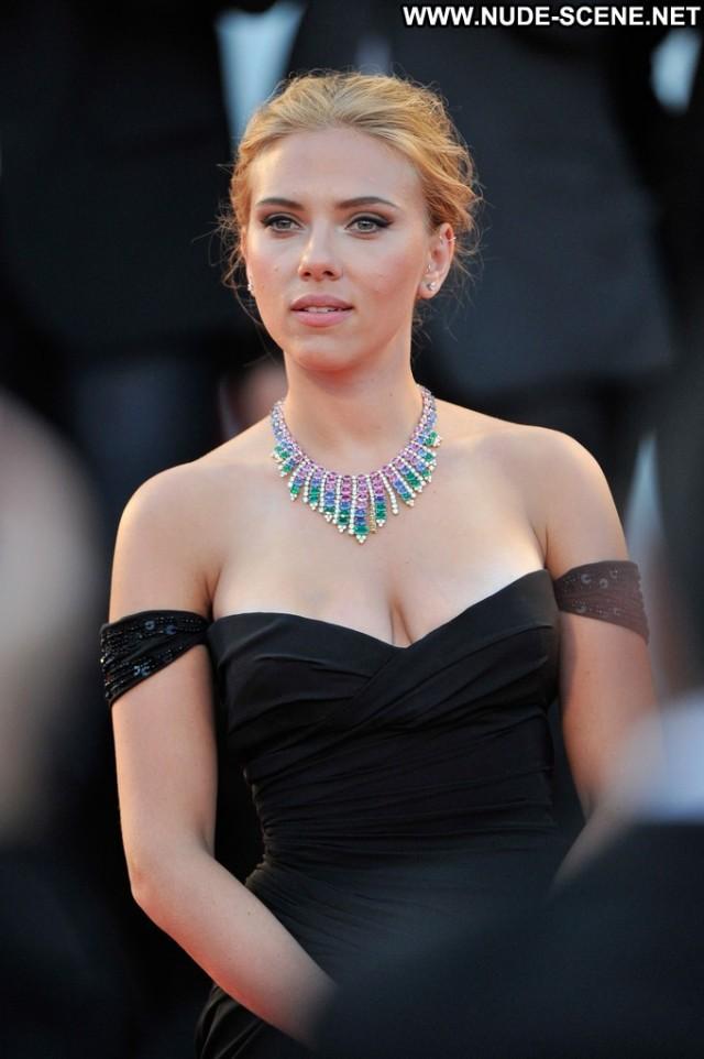 Scarlett Johansson Under The Skin Posing Hot Celebrity Beautiful High