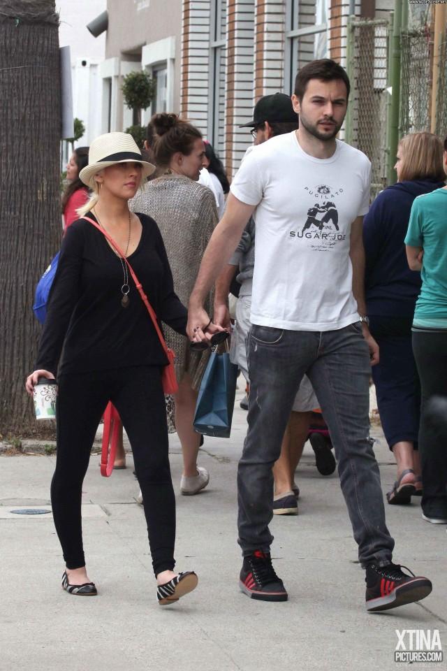 Christina Aguilera Christina High Resolution Shopping Babe Celebrity