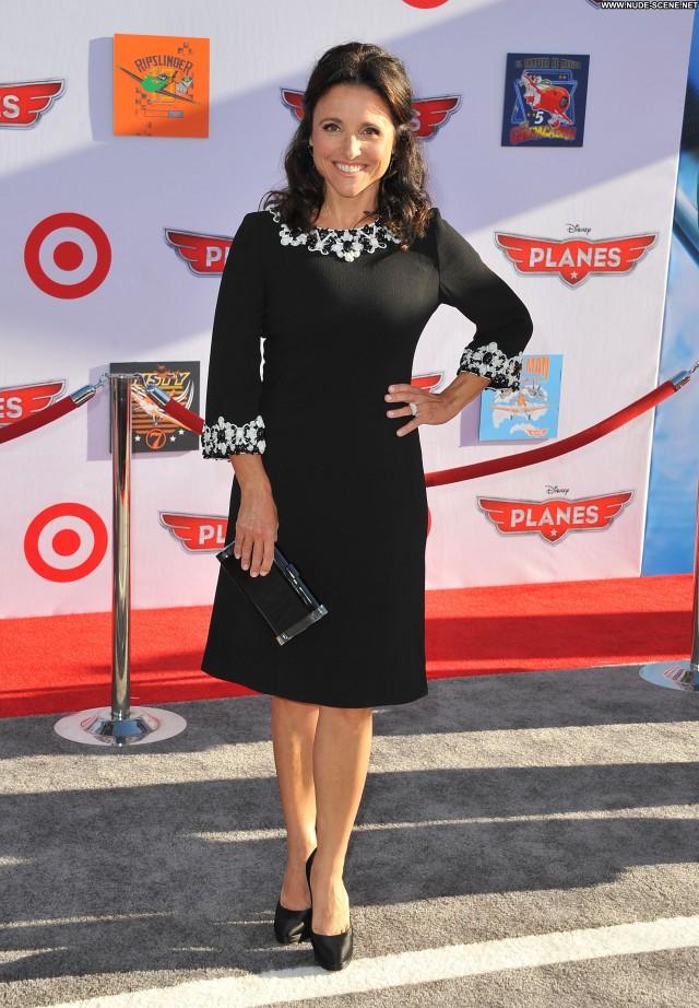 Julia Louis Dreyfus Los Angeles  Posing Hot High Resolution Celebrity