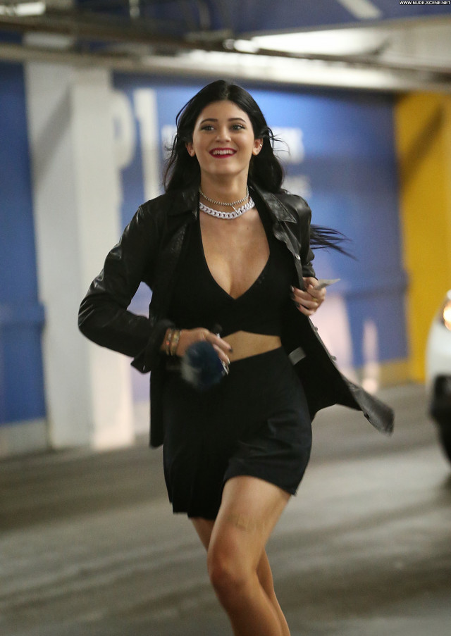 Kylie Jenner Los Angeles Posing Hot Celebrity Beautiful Babe Candids