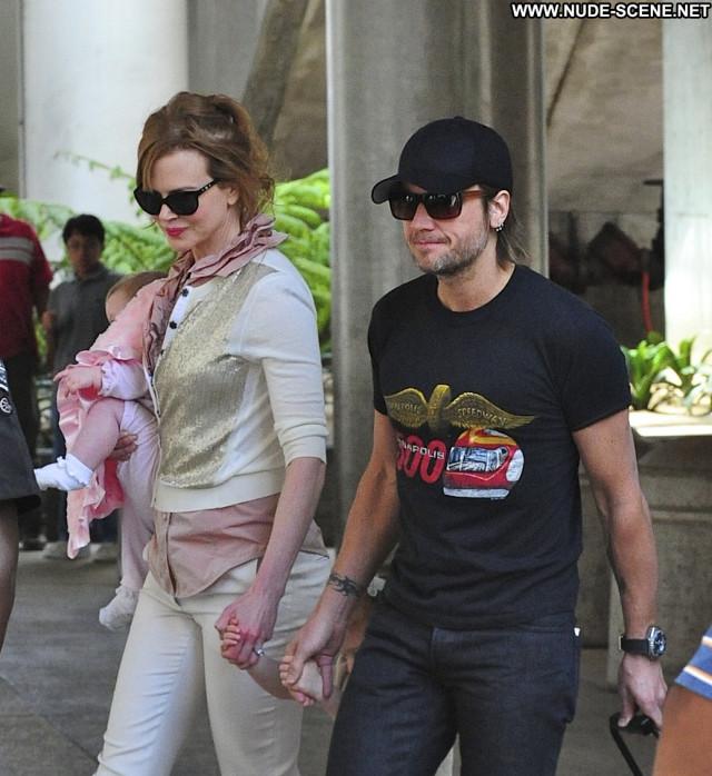 Nicole Kidman Posing Hot Babe Beautiful Celebrity High Resolution